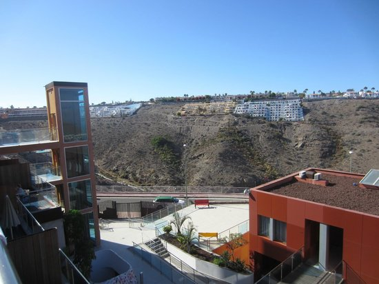 Las Villas de Amadores: view from balcony to left