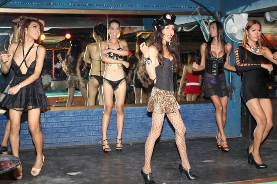 Cabaret - Foto de Cocktails & Dreams, Patong - TripAdvisor
