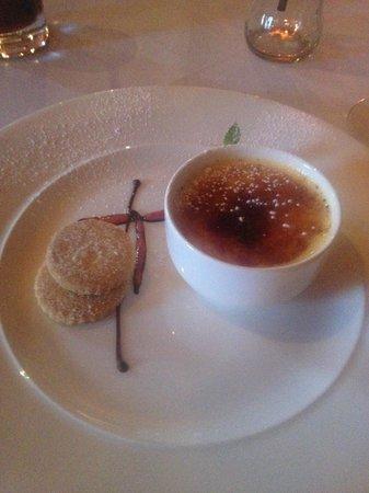 The Wood Norton - Crème brûlée for dessert! Absolutely delicious!