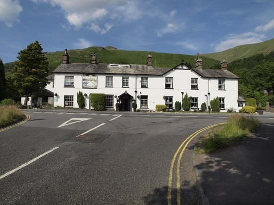 Macdonald Swan Hotel: View of Hotel from Grasmere Road