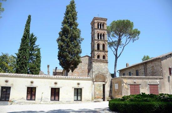 Santa Maria in Vescovio