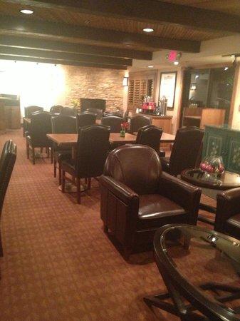 Inn At Santa Fe : Breakfast Area
