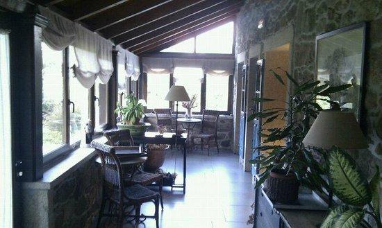 Hotel Rustico Lugar Do Cotariño: reading room