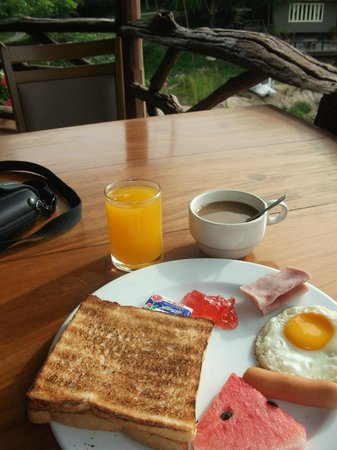 Kor Sor Resort & Spa: Breakfast included in the room was the same every day