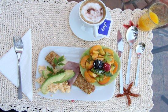 Casa Sol e Lua B & B: Luxusfrühstück