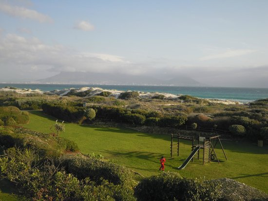 Dolphin Beach Hotel: view of Table mountain