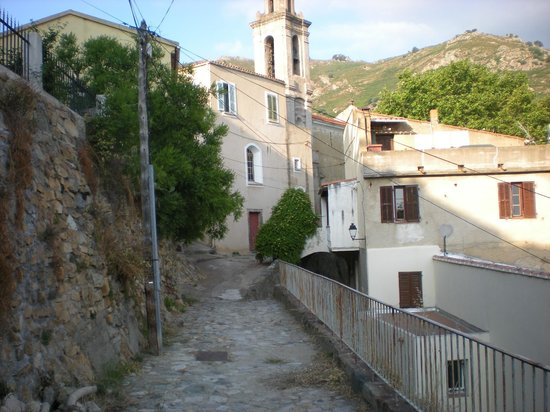 Les Chambres D'Hôtes De Magali : Village of Cassano