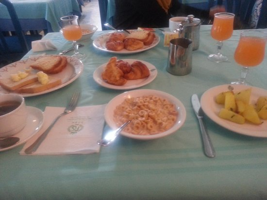 Marhaba Royal Salem : breakfast
