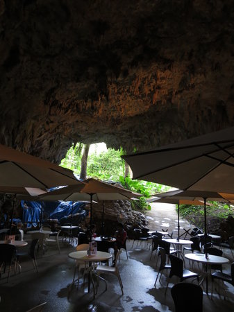 Valley of Gangala Cave Cafe : cafè cave
