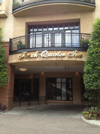 French Quarter Inn: Entrance