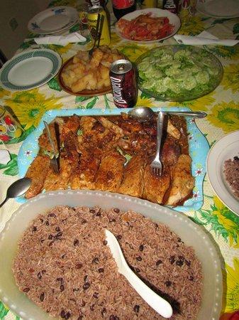 Casa Osiris: exquisita comida cubana preparada por la señora Sonia.
