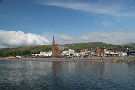 Go-Go Bus Private Day Tours: Largs from the pier 1