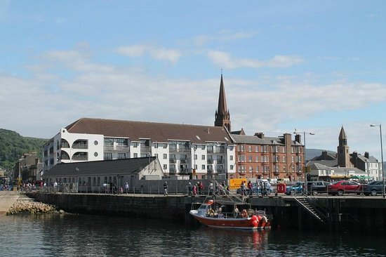 Go-Go Bus Private Day Tours: Largs from the pier 3