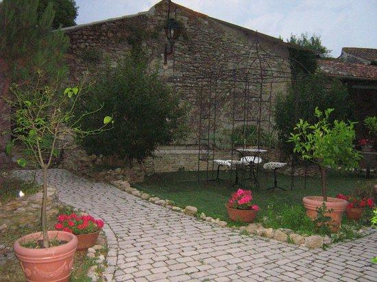 Chateau de Moussoulens : jardin