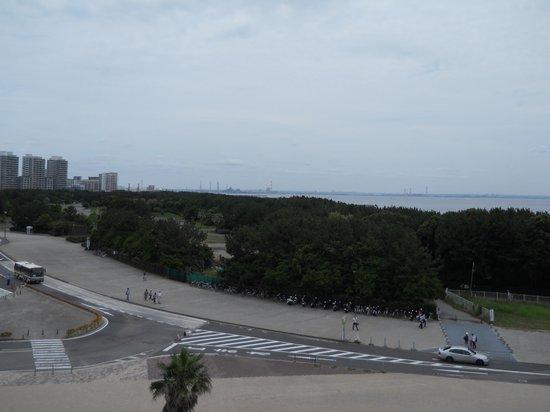 Chiba Marine Stadium: 3塁側2階の通路から