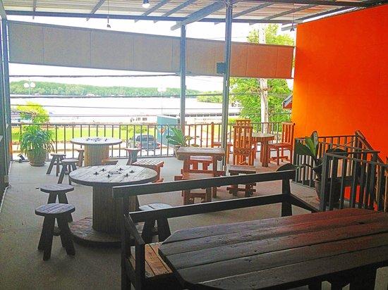 Tid Pak Restaurant: Scenic view