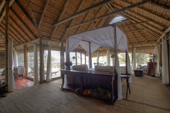 Wilderness Safaris Kings Pool Camp: Beautiful suite