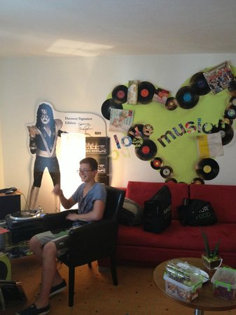 Hotel Bischofschloss: Music room
