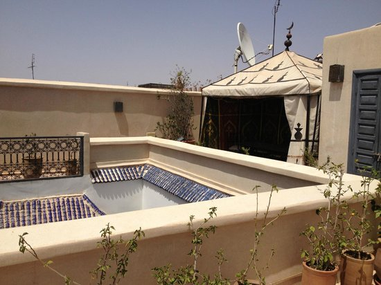 Riad Papillon: roof terrace