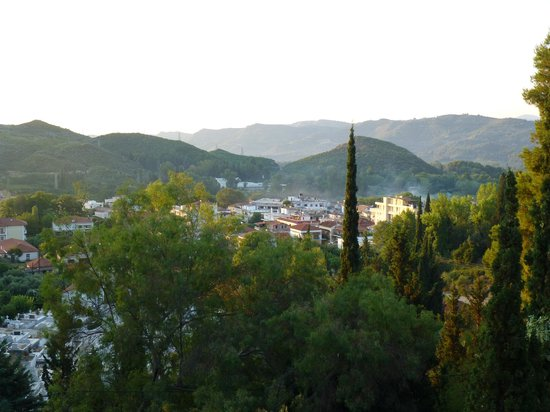 Hotel Antonios : View of the town of Olympia from our balcony