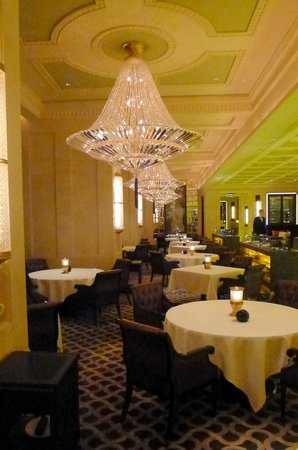 Caprice (Central): Dining area at Caprice