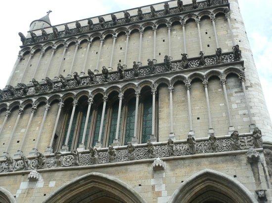 Notre-Dame de Dijon : Facade of Notre Dame