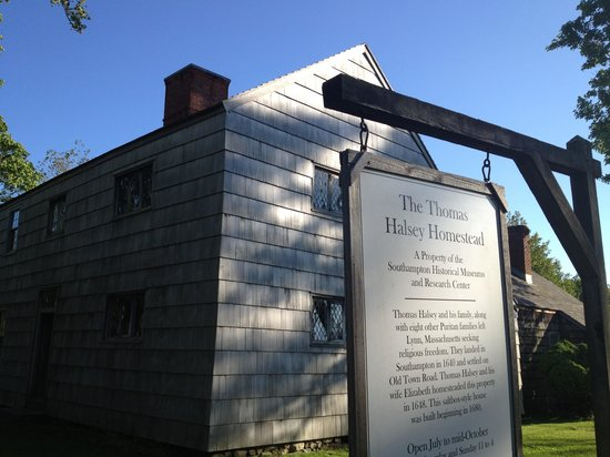 The Thomas Halsey Homestead: Sign of Halsey Home