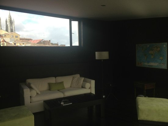 Hotel Casa Gardenia: Top floor seating area (also a two bedroom suite)