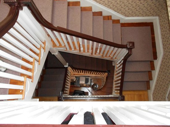 بيكون إن 1750: 3 andares de escada