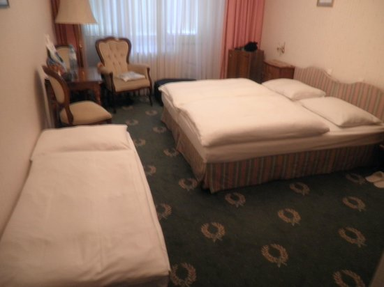 Hotel Savoy Vienna: Our triple room