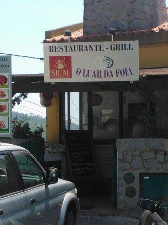 Restaurante O Luar da Foia: Table for four please