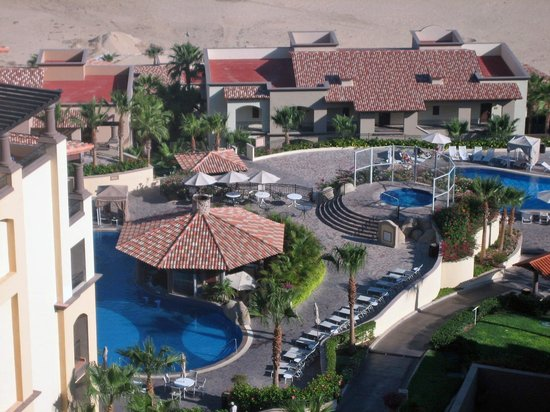 Pueblo Bonito Sunset Beach Golf & Spa Resort: Two of the multiple pools.