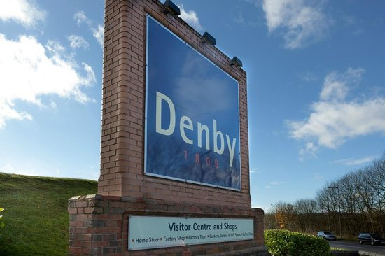 Denby Pottery Factory: The entrance to Denby Visitor Centre