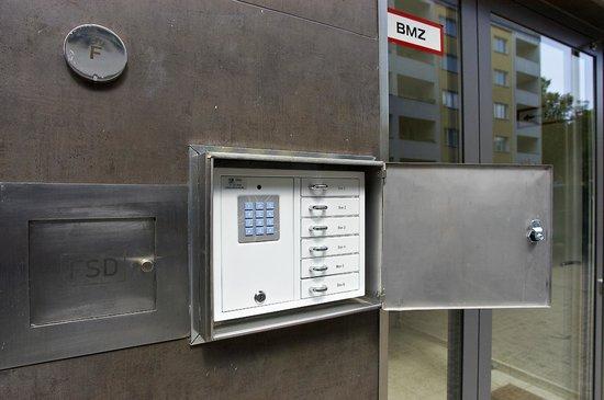 Apartmenthouse Berlin : Key Box