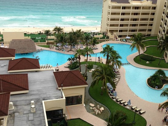 The Royal Caribbean: Pool