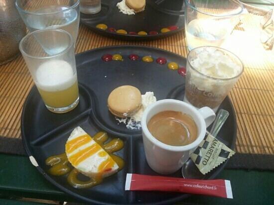 Sur La Place: cafe gourmand
