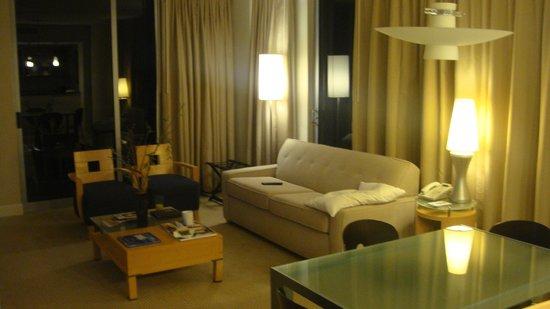 Marenas Beach Resort: vista da sala.