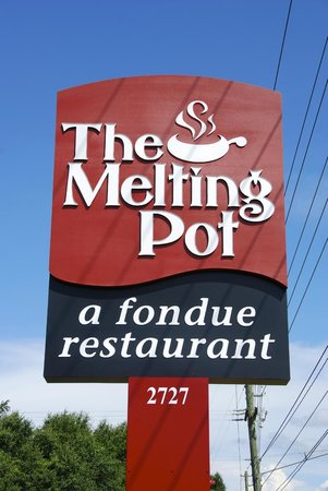 ‪Melting Pot Restaurant‬