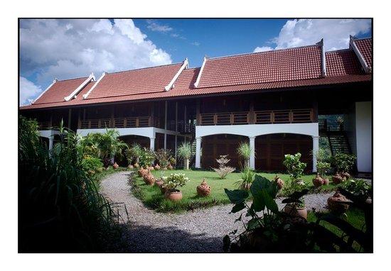 Sanctuary Pakbeng Lodge: Deluxes exteriors