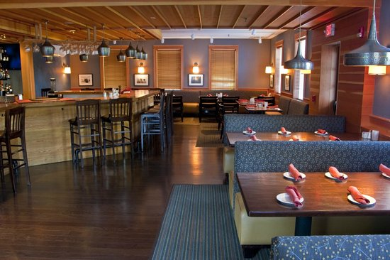 The Essex, Vermont's Culinary Resort & Spa: Tavern Restaurant