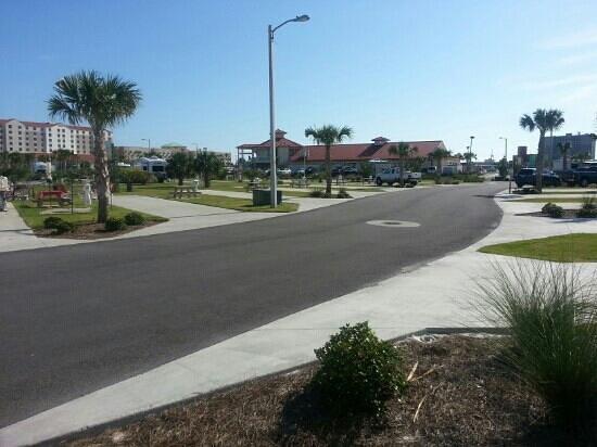 Pensacola Beach RV Resort: park pics