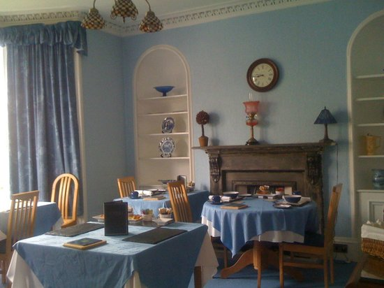 Crown Hotel Guesthouse: Sala colazione
