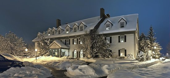 The Essex, Vermont's Culinary Resort & Spa: Front View Snow