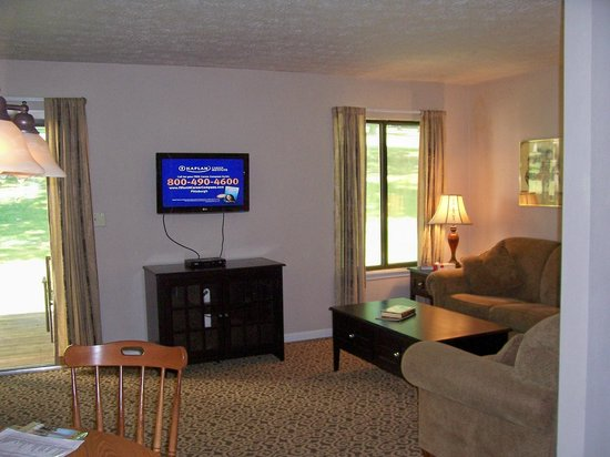 Lakeview Golf Resort and Spa : Living Room