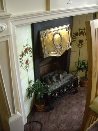 Bryn Holcombe : Fireplace in the Dining Room