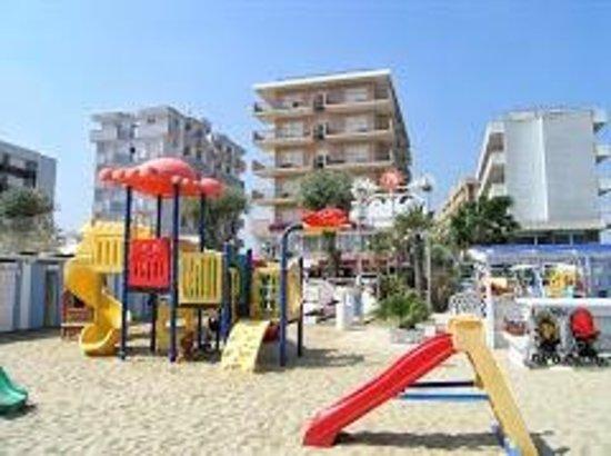 Hotel Croce del Sud: Kamoke beach