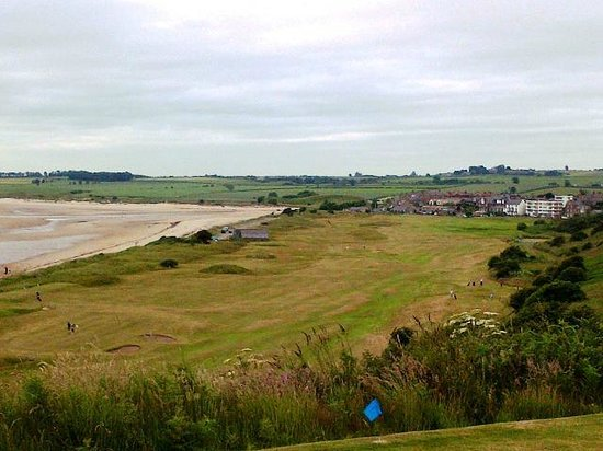 Alnmouth Village Golf Links: View from highest tee towards small clubhouse