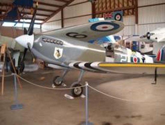 BC Aviation Museum: Supermarine Spitfire replica