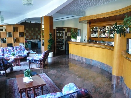 Hotel Continental: Bar/ Lounge