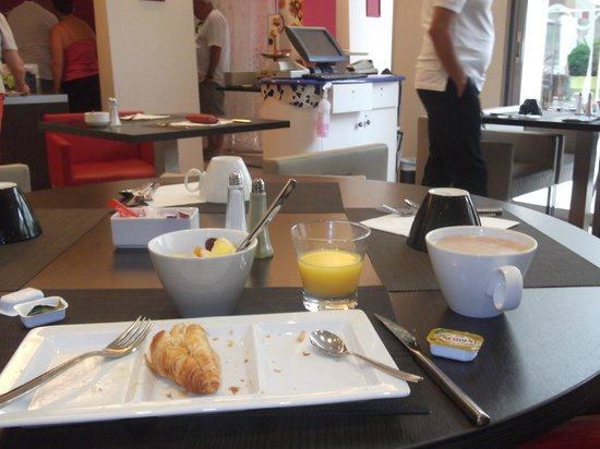 Novotel Lille Centre Gares: the lovely breakfast
